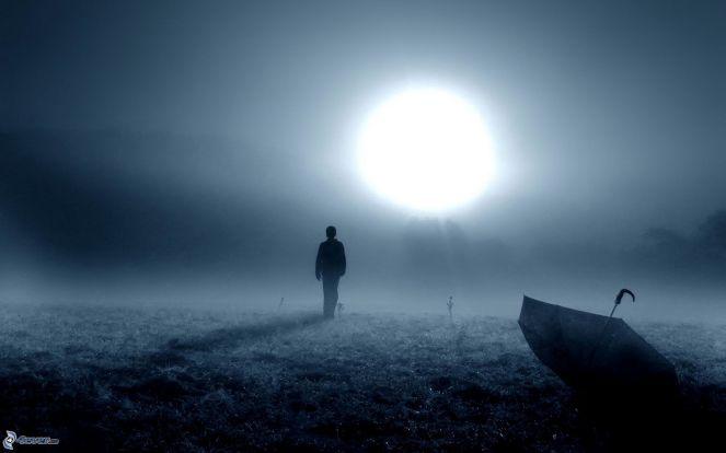 silhouette-of-a-man,-sun,-night,-umbrella,-fog-170083